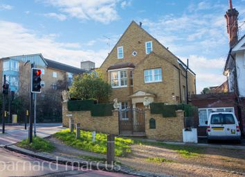 Thumbnail 4 bed property to rent in Vine Road, Barnes, London