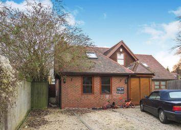 2 bed flat for sale in Bursill Close, Headington, Oxford OX3