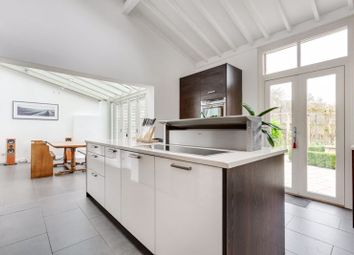 Green Street, Sunbury-On-Thames TW16. 4 bed property for sale
