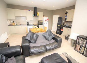 2 bed flat for sale in School Road, Tilehurst, Reading RG31