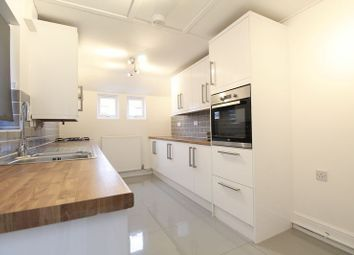 Thumbnail 3 bed property to rent in St Leonards Avenue, Bedford