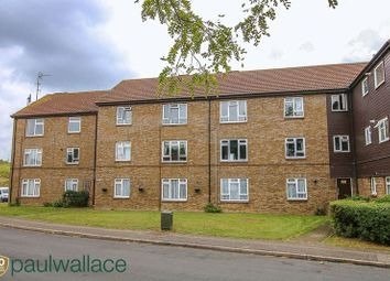 Thumbnail 2 bedroom flat for sale in Landau Way, Broxbourne