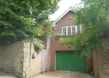 Thumbnail 4 bed detached house to rent in Lucknow Drive, Nottingham, Mapperley Park