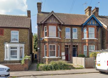 Thumbnail 2 bed flat to rent in Chalkwell Road, Sittingbourne