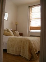 Thumbnail 2 bed flat to rent in Tollington Park, London