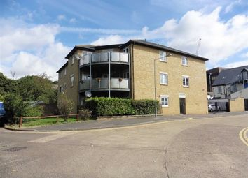 Thumbnail 2 bed flat to rent in West Street, Grays