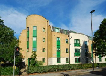 Thumbnail 2 bed flat to rent in Greenford Road, Ealing