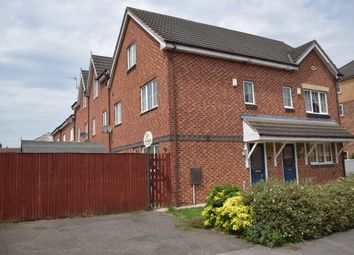 Thumbnail 3 bed town house to rent in Woodhead Close, Ossett