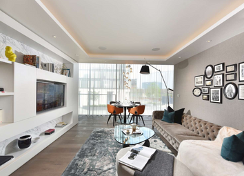 Thumbnail 3 bed flat for sale in City Road, Barbican