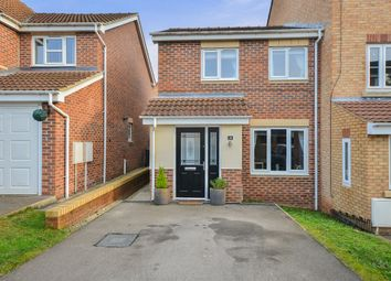 Thumbnail 3 bed town house for sale in Longfield Avenue, Nottingham