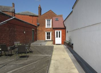 Thumbnail 2 bed flat to rent in George Street, Banbury, Oxfordshire