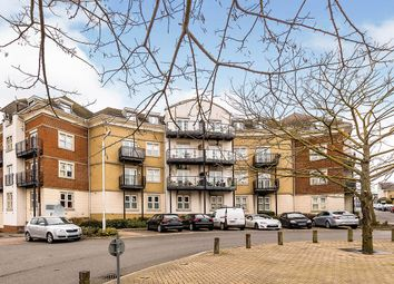 Constance Grove, Dartford, Kent DA1. 2 bed flat for sale