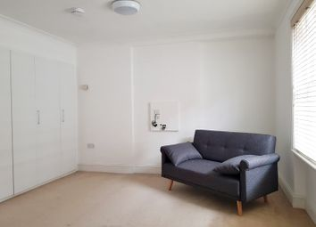Thumbnail Studio to rent in De Walden House, Allisten Road, London
