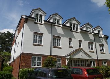 Thumbnail 1 bed flat to rent in Rosemont Close, Letchworth Garden City