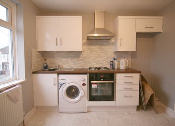Thumbnail 1 bed flat to rent in Temple Avenue, Dagenham