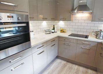 2 bed flat for sale in Bay Tree Avenue, Kingston Road, Leatherhead KT22