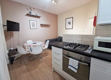 2 bed maisonette to rent in Maple Street, Fitzrovia, London W1T