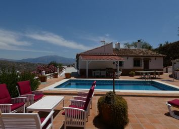 Thumbnail 3 bed country house for sale in Spain, Málaga, El Borge