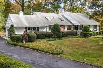 Thumbnail 4 bed town house for sale in 1 Capel Dr, Dix Hills, Ny 11746, Usa