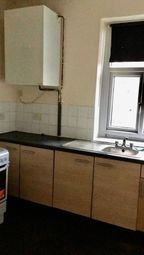Thumbnail 1 bed flat to rent in 32 Scott Street, Keighley