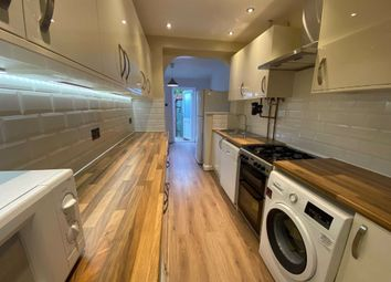 3 bed semi-detached house to rent in Oakhampton Road, Mill Hill, London NW7