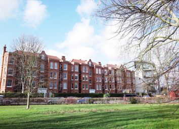 Acton Lane, London W4. 3 bed flat for sale