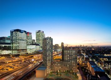 Thumbnail 3 bed property for sale in Manhattan Plaza, Canary Wharf, London