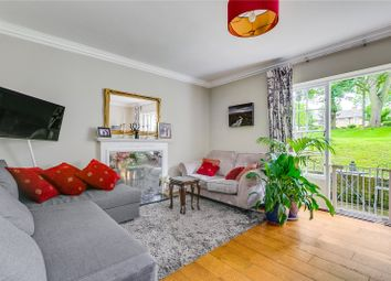 John Spencer Square, Canonbury, Islington, London N1. 2 bed flat