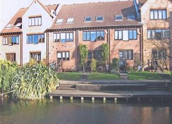 Thumbnail 4 bed shared accommodation to rent in Rotterdam Drive, Docklands