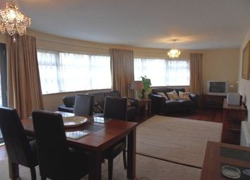 Thumbnail 2 bedroom flat to rent in St Catherines Court, Marina, Swansea. 1Sd.