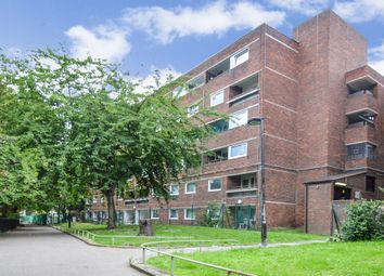 Rhodeswell Road, London E14. 2 bed flat