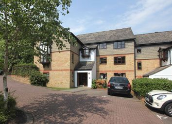 Thumbnail 1 bed flat to rent in Pages Hill, Muswell Hill, London