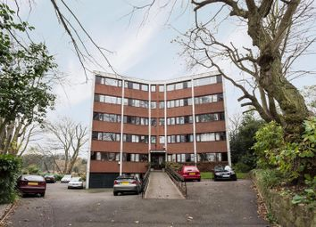 Thumbnail 2 bedroom flat to rent in Southwood Lawn Road, Highgate