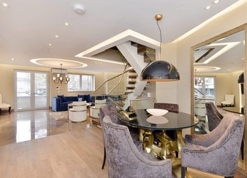 Thumbnail 3 bedroom town house for sale in Porchester Place, London