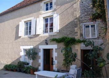 Thumbnail 5 bed town house for sale in Montmorillon, Vienne, Poitou-Charentes, France
