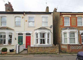 Thumbnail 2 bed property to rent in Linden Road, Hampton