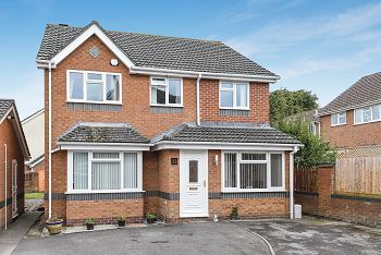 Thumbnail 4 bed detached house for sale in Minster View, Warminster