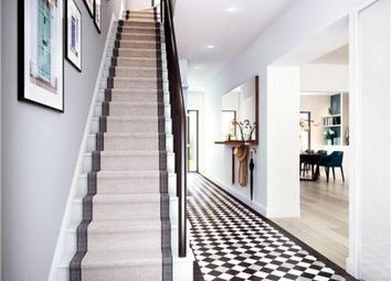 Thumbnail 4 bed town house to rent in Ponton Dock, London