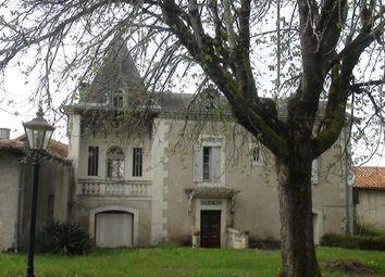 Thumbnail Farm for sale in Dordogne, Montamas, France