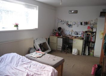 Thumbnail 3 bed flat to rent in Durham Road, London