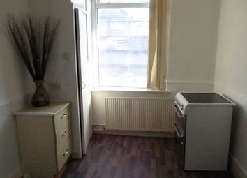Thumbnail 2 bedroom maisonette to rent in 367A Oldham Road, Royton, Oldham