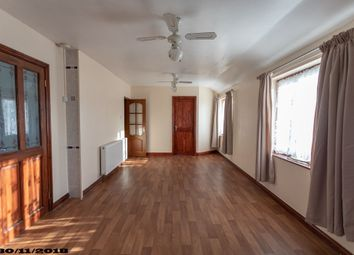 Thumbnail 3 bed flat to rent in Warwick Road, London