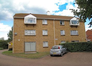 Thumbnail 2 bedroom flat for sale in Fallowfield, Sittingbourne