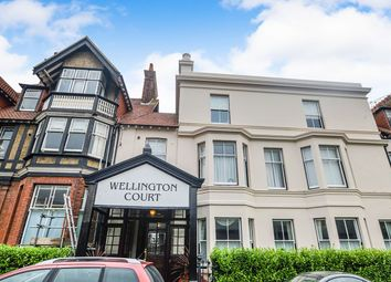 2 bed flat to rent in Dover Road, Walmer, Deal CT14