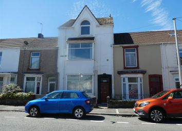 2 bed property to rent in Beach Street, Swansea SA1