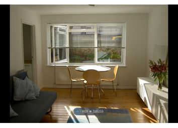 1 bed flat to let in Cumberland Road