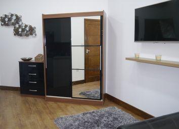 Thumbnail Studio to rent in 149 Sunbridge Road, Bradford