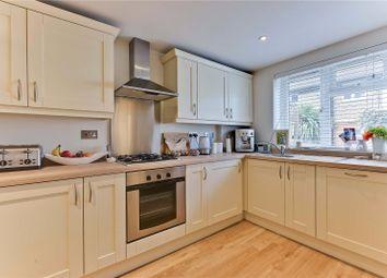 1 bed flat to rent in The Hall, Vale Road, Weybridge, Surrey KT13