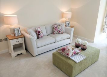 2 bed flat for sale in 3 Frobisher House, Bramshott Place, Liphook, Hampshire GU30