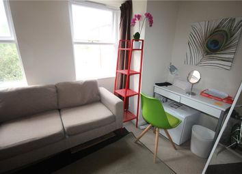 Thumbnail 1 bed flat to rent in Josephs Road, Guildford, Surrey
